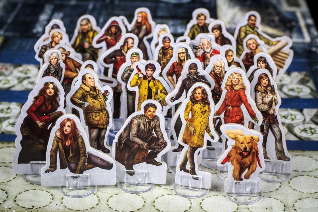 Dead of Winter: A Crossroads Game